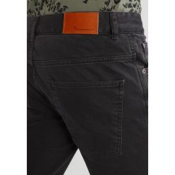 Knowledge Cotton Apparel Jeansy Slim Fit phantom. Czarne jeansy męskie relaxed fit Knowledge Cotton Apparel, z bawełny. W wyprzedaży za 335,20 zł.
