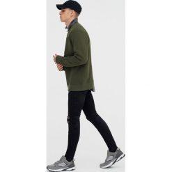 Bluzy męskie: Bluza basic z wytłaczanym napisem