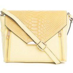 Torebki klasyczne damskie: Skórzana torebka w kolorze żółtym – 20 x 16 x 6 cm