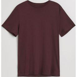 Gładki t-shirt - Bordowy. Białe t-shirty męskie marki Reserved, l, z dzianiny. Za 49,99 zł.
