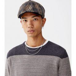 Cieniowany sweter z cienkiej dzianiny. Czarne swetry klasyczne męskie Pull&Bear, m, z dzianiny. Za 99,90 zł.