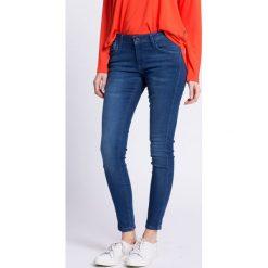Pepe Jeans - Jeansy Aero. Niebieskie jeansy damskie Pepe Jeans, z bawełny, z obniżonym stanem. W wyprzedaży za 239,90 zł.