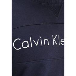 Calvin Klein Jeans HAYO REGULAR FIT Bluza night sky. Niebieskie kardigany męskie marki Calvin Klein Jeans, m, z bawełny. W wyprzedaży za 359,20 zł.