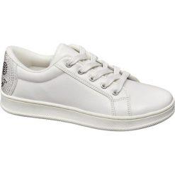 Sportowe buty dziecięce Graceland białe. Białe buciki niemowlęce chłopięce Graceland, z materiału. Za 79,90 zł.