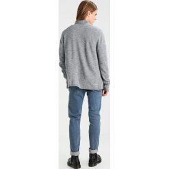 Swetry rozpinane męskie: Weekday JAB Kardigan grey melange