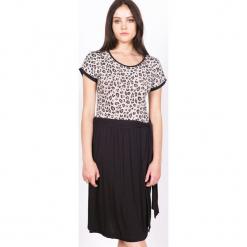 """Sukienka """"Milly"""" w kolorze beżowo-czarnym. Brązowe sukienki na komunię marki Ateliers de la Maille, na imprezę, z motywem zwierzęcym, z okrągłym kołnierzem, midi. W wyprzedaży za 227,95 zł."""