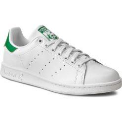Buty adidas - Stan Smith M20324 Ftwrwhite/Corewhite. Białe buty do tenisu damskie Adidas, z gumy, z paskami, adidas stan smith. W wyprzedaży za 279,00 zł.