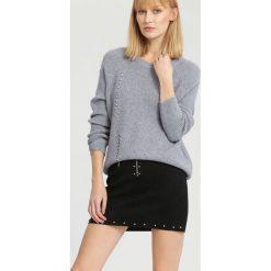 Swetry klasyczne damskie: Szary Sweter A Little Love