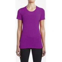 Koszulka do biegania damska SAUCONY FREEDOM SHORT SLEEVE TEE / SAW800023-VA. Fioletowe bluzki z odkrytymi ramionami Saucony, z krótkim rękawem. Za 108,00 zł.