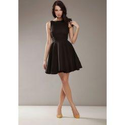 Sukienki: Czarna Elegancka Sukienka bez Rękawów
