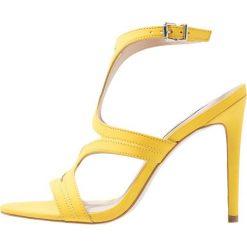 Sandały damskie: Steve Madden SIDNEY Sandały na obcasie yellow