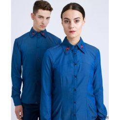 Koszula damska z haftem. Niebieskie koszule męskie jeansowe marki Pakamera, z haftami. Za 249,00 zł.