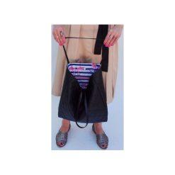 Pikowana torba flaming 02. Czarne torebki klasyczne damskie drops, z bawełny, pikowane. Za 99,00 zł.