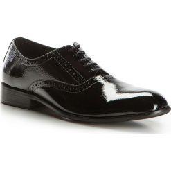 Buty męskie 86-M-926-1. Czarne buty wizytowe męskie Wittchen, z lakierowanej skóry, na sznurówki. Za 199,00 zł.