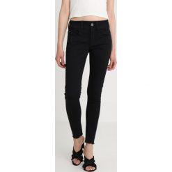 GStar LYNN DMID SUPER SKINNY RP ANKLE WMN Jeans Skinny Fit rinsed082. Czarne jeansy damskie relaxed fit marki G-Star, z bawełny. Za 469,00 zł.
