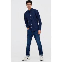 Koszula basic z długim rękawem. Szare koszule męskie marki Pull & Bear, okrągłe. Za 39,90 zł.