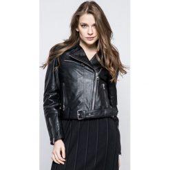 Calvin Klein Jeans - Kurtka skórzana Mia. Czarne kurtki damskie jeansowe Calvin Klein Jeans, m, w paski. W wyprzedaży za 1199,00 zł.
