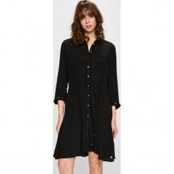 Tommy Hilfiger - Sukienka. Sukienki małe czarne marki TOMMY HILFIGER, na co dzień, z tkaniny, casualowe. Za 749,90 zł.