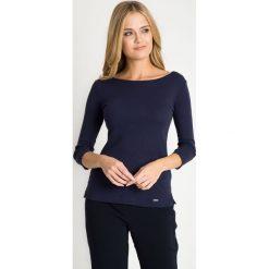 Bluzki damskie: Granatowa bluzka basic z rękawem 3/4 QUIOSQUE