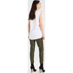 Replay Tshirt z nadrukiem white. Białe t-shirty damskie Replay, xxs, z nadrukiem, z bawełny. Za 209,00 zł.