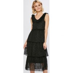 Vero Moda - Sukienka. Czarne długie sukienki marki Vero Moda, na co dzień, l, z elastanu, casualowe, proste. W wyprzedaży za 129,90 zł.