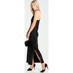 Nanushka MARGOT Długa sukienka black. Czarne długie sukienki marki Nanushka, z materiału, z długim rękawem. W wyprzedaży za 571,60 zł.