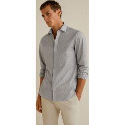 Mango Man - Koszula Xavi. Szare koszule męskie na spinki marki S.Oliver, l, z bawełny, z włoskim kołnierzykiem, z długim rękawem. Za 199,90 zł.