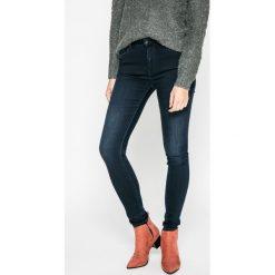 Pepe Jeans - Jeansy. Niebieskie jeansy damskie rurki marki Pepe Jeans, z aplikacjami, z bawełny. W wyprzedaży za 299,90 zł.