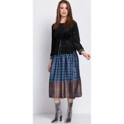 Czarna Sukienka High&Low. Czarne długie sukienki marki Born2be, uniwersalny, w ażurowe wzory. Za 99,99 zł.