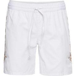 Lekkie szorty dżinsowe z haftem bonprix biały twill. Białe bermudy damskie bonprix, z haftami, z jeansu. Za 32,99 zł.