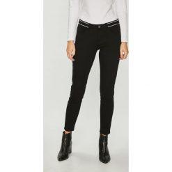 Medicine - Jeansy Essential. Czarne jeansy damskie rurki MEDICINE, z bawełny. Za 119,90 zł.