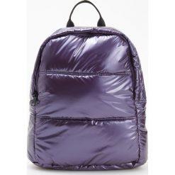 Pikowany plecak - Fioletowy. Fioletowe plecaki damskie Reserved. W wyprzedaży za 59,99 zł.