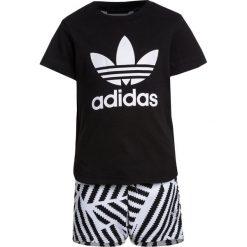 Adidas Originals SET  Spodnie treningowe black/white. Czerwone spodnie chłopięce marki adidas Originals, z bawełny. Za 199,00 zł.