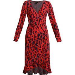 Sukienki hiszpanki: Vero Moda Tall VMSAVANNAH DRESS  Sukienka letnia red
