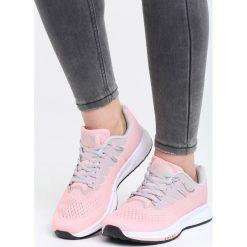 Ciemnoróżowe Buty Sportowe No Compromise. Czerwone buty sportowe damskie marki KALENJI, z gumy. Za 99,99 zł.