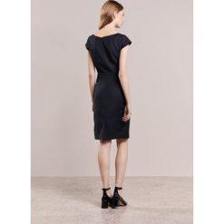 Sukienki hiszpanki: Reiss HUXLEY Sukienka etui black