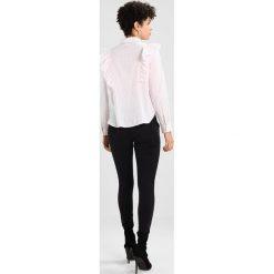 Koszule wiązane damskie: Noisy May Petite NMJACK FRILL SHIRT  Koszula barely pink
