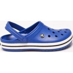 Crocs - Klapki. Niebieskie chodaki męskie Crocs, z gumy. W wyprzedaży za 169,90 zł.
