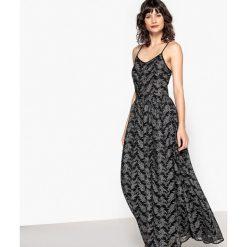 Długie sukienki: Długa sukienka, srebrzysty wzór, dopasowana w talii