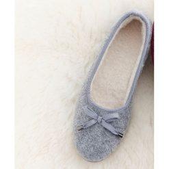 Kapcie damskie: Pantofle domowe z ociepleniem, w stylu balerin, z kokardką