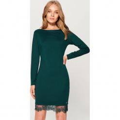 Sukienka z koronką - Khaki. Brązowe sukienki koronkowe marki Mohito, l, w koronkowe wzory. Za 79,99 zł.