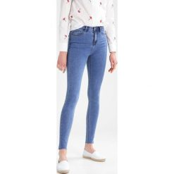 Glamorous Tall Jeansy Slim Fit stonewash. Niebieskie jeansy damskie Glamorous Tall. Za 159,00 zł.