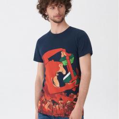 T-shirt ze świątecznym motywem - Granatowy. Niebieskie t-shirty męskie House, l. Za 39,99 zł.