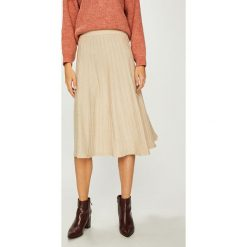 Answear - Spódnica. Szare spódniczki dzianinowe ANSWEAR, uniwersalny, z podwyższonym stanem, midi, rozkloszowane. W wyprzedaży za 119,90 zł.