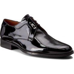 Półbuty GINO ROSSI - Matteo MPC653-181-0600-9900-0 99. Czarne buty wizytowe męskie marki Gino Rossi, z lakierowanej skóry. W wyprzedaży za 349,00 zł.
