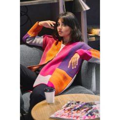 Geometryczny sweter kardigan bk011. Niebieskie kardigany damskie marki SaF, na co dzień, xl, z żakardem, z asymetrycznym kołnierzem, dopasowane. Za 129,00 zł.