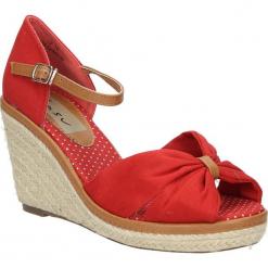 Sandały na koturnie Casu 7SF-QH84516F. Różowe sandały damskie Casu, na koturnie. Za 39,99 zł.
