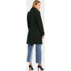 Carolina Cavour Płaszcz wełniany /Płaszcz klasyczny viridian. Zielone płaszcze damskie pastelowe Carolina Cavour, l, z materiału, klasyczne. W wyprzedaży za 629,25 zł.