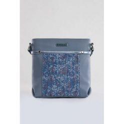 Torebka z kontrastującym panelem. Szare torebki klasyczne damskie marki Monnari, małe. Za 75,60 zł.