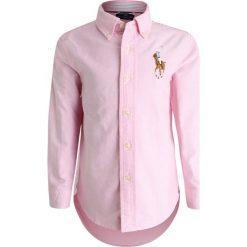 Polo Ralph Lauren BIG TOPS Koszula pink. Czerwone bluzki dziewczęce Polo Ralph Lauren, z bawełny, polo. Za 319,00 zł.